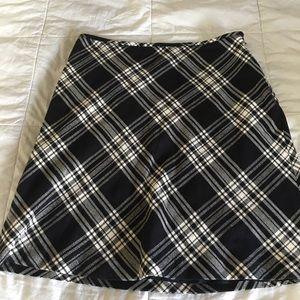 Loft size 12. Black and White Plaid Skirt